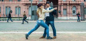 Atelier tango : ANNULE A PARTIR DU 15 MARS INCLUS @ Salle des fêtes d'Anché